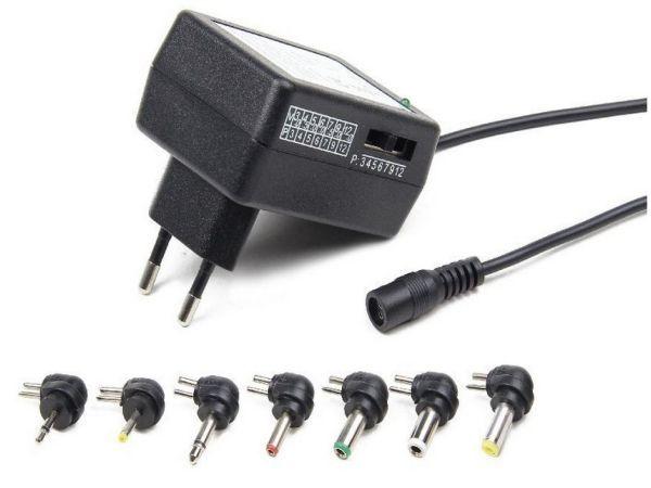 univerzalni adapter